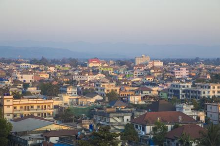 Schöne Aussichten in der Stadt von Myanmar Standard-Bild - 44055434