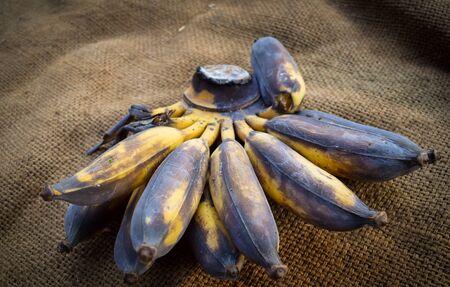 ripe: ripe banana