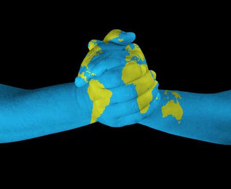 mundo manos: Mapa pintado en las manos Foto de archivo