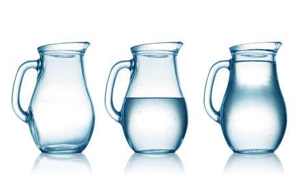흰색에 절연 물 용기와 빈, 절반 전체 스톡 콘텐츠 - 22844069