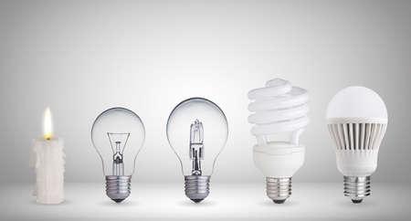 Kaars, wolfraam gloeilamp, TL, halogeen en LED-lamp Stockfoto