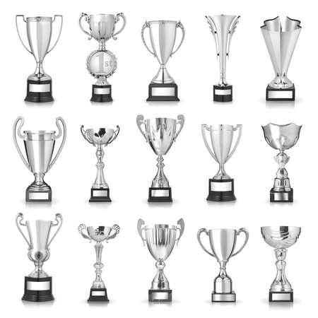 trofeo: Conjunto de trofeos de plata. Aislado en el fondo blanco