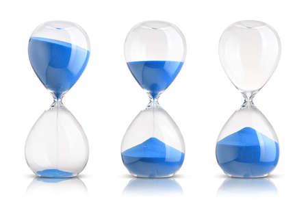 reloj de arena: Colección de relojes de arena en el fondo blanco Foto de archivo