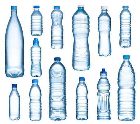 Plastic flessen water set geïsoleerd op een witte achtergrond Stockfoto