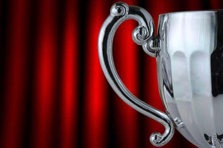 trofeo: Primer trofeo de la copa de plata sobre fondo gris