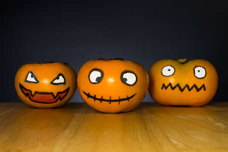 caqui fantasma de fondo negro de Halloween, Halloween.