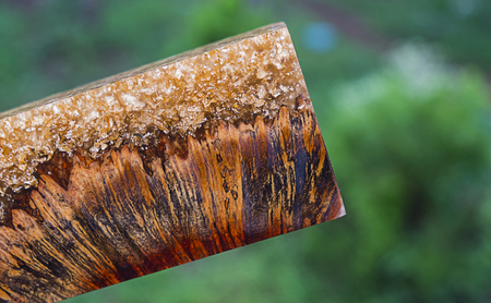 casting epoxy resin burl wood gold color background
