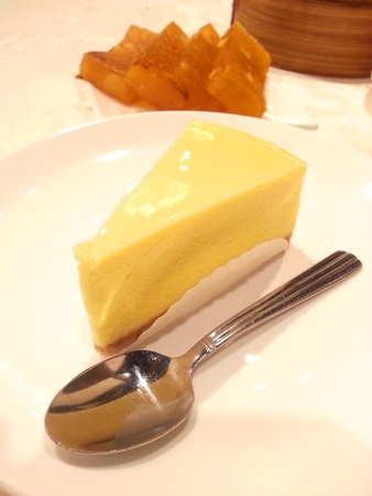 honey moon: New York Cheesecake and Pan Fried Water Chestnut Cakes