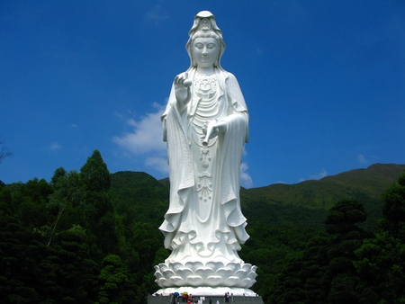 Huge Standing White Bodhisattva (Guanyin)