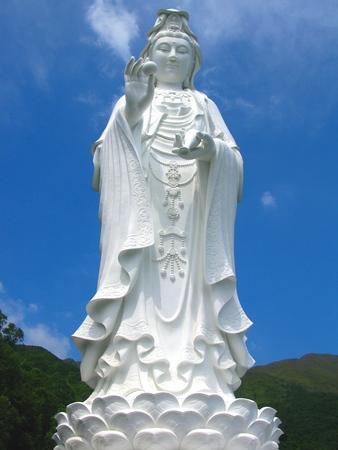Tall White Bodhisattva (Guanyin Pusa)