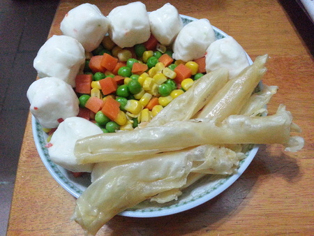 Fish Maw, Cuttlefish Balls and Mixed Vegetables