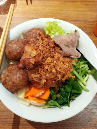 Vietnamese Rice Vermicelli with Beef, Pork Balls and Vegetables