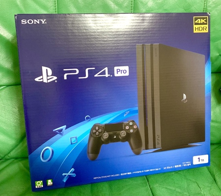 Sony PlayStation 4 Pro 4K HDR