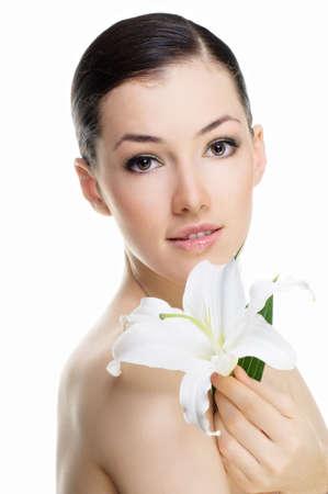 bellezza fiore ragazza sullo sfondo bianco