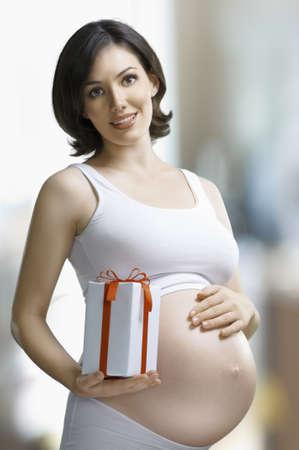 desired: mujer embarazada esperando un beb� deseado