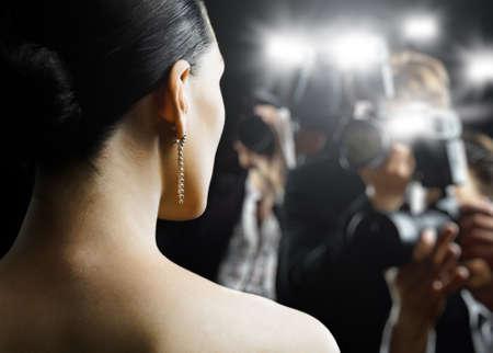 divas: Fot�grafos toman de una fotograf�a de una estrella de cine