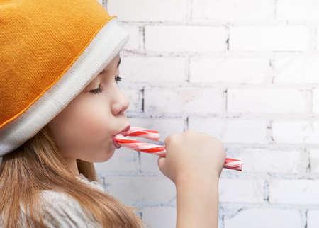 lollipops: ni�a come una barra de chocolate