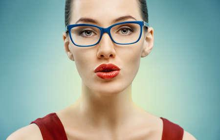 woman wearing glasses: beauty woman wearing glasses