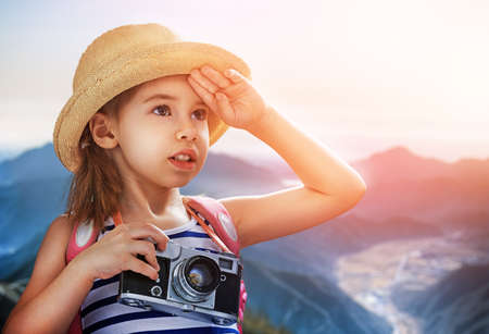 wants: the little girl wants to travel