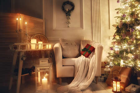 christmas spirit: Merry Christmas and Happy Holidays! A beautiful living room decorated for Christmas.