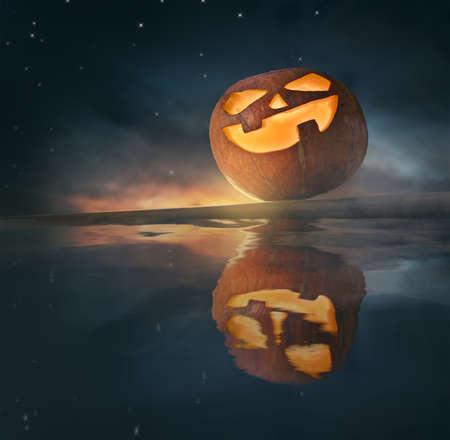 Happy Halloween! Pumpkin on night sky background. 免版税图像