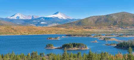 lake dillon: Beatiful nature landscape of Lake Dillon in the Colorado rockies Stock Photo