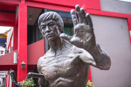 LOS ANGELES, USA - JUNE 14TH: In June 2013, the sole Bruce Lee statue in North America was unveiled in Central Plaza Chinatown Los Angeles. Editöryel