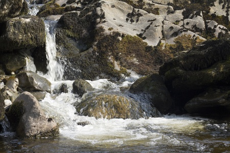 Stream in the yorkshire dales yorkshire UK Banque d'images