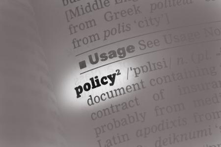 soft focus: Diccionario Definici�n de Pol�ticas palabra con enfoque suave Foto de archivo