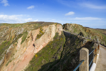 guernsey: La Coupee on Sark channel islands Stock Photo
