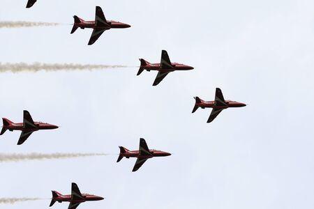 fad: Elland, Halifax, West Yorkshire, UK 20th September, 2015. red arrows flying over Elland, local Rotary Club members of Elland hope the current fad for all things  from the 40s and 50s will make their first Vintage Weekend a big success.