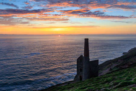 Wheal Coates Tin Mine at sunset , cornwall. Stock Photo