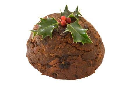 plum pudding: Tradizione di Natale con agrifoglio budino isolato su uno sfondo bianco Archivio Fotografico