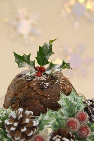christmas pudding: Traditional Christmas pudding in seasonal setting Stock Photo