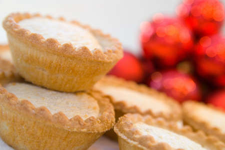 Mince pies in seasonal Christmas setting - shallow dof Stock Photo