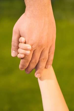 vaderlijk: Vader bedrijf dochters hand