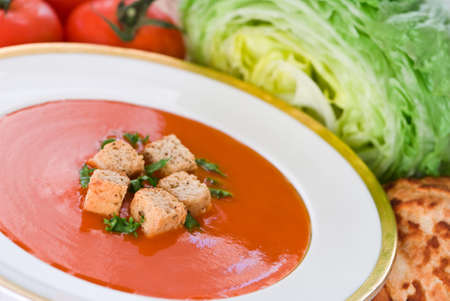 flavoured: Tomato flavoured soup with croutons