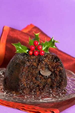 christmas pudding: Christmas pudding with old fashioned sixpence coin