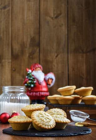 carne picada: Pasteles de carne festiva de la Navidad