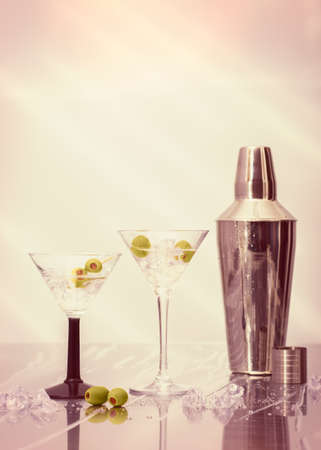 cocktail mixer: Martini cocktails with olives