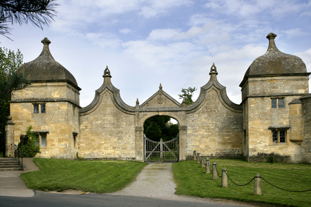 England, Gloucestershire, Cotswolds, Chipping Campden, Gate houses