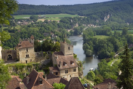 Europe, France, Midi Pyrenees, Lot, St Cirq Lapopie, historic clifftop village tourist attraction