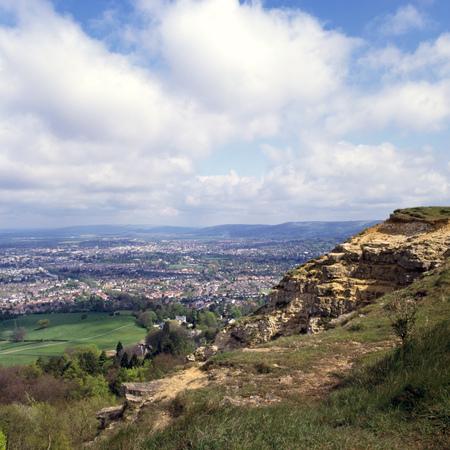 View along the Cotswolds escarpment on Leckhampton Hill towards Cheltenham, Gloucestershire, UK Reklamní fotografie