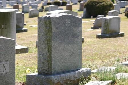 cementerios: L�pidas en un cementerio de New Jersey Foto de archivo