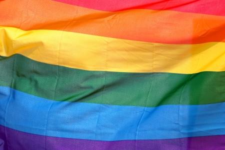 bandera gay: Primer plano de una bandera del orgullo gay grande