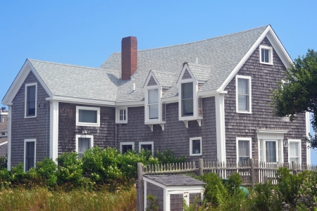 A traditional Cape Cod house in Provincetown, Massachusetts 免版税图像 - 22266019