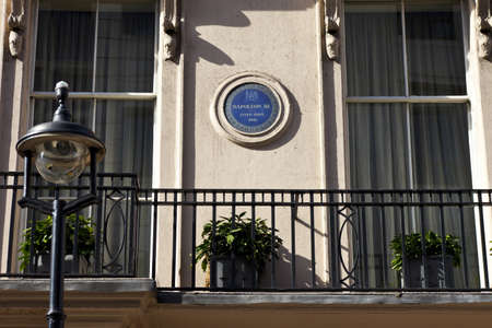 king street: Blue plaque in King Street, London noting that Napoleon III once lived there
