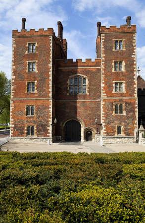 canterbury: Lambeth Palace � Londres. La r�sidence officielle de l'archev�que de Canterbury.