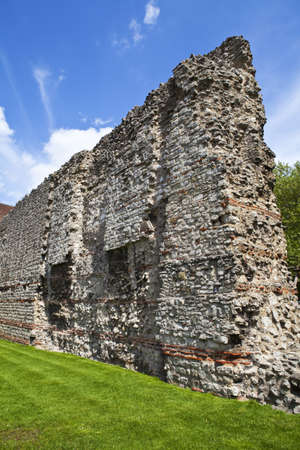 3rd century: London Wall was the defensive structure built around London by the Romans (in the late 2nd or early 3rd century).