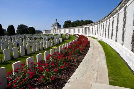 Tyne Cot Cemetery in Ypres, Belgien Standard-Bild - 15203029